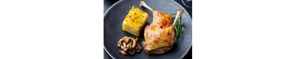 Confits de canard et accompagnements de salades